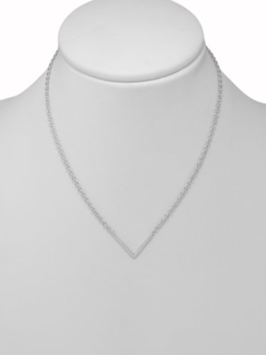 colier-sexy-triangle